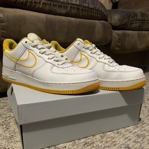 "air force 1 ""Yellow ochre"""